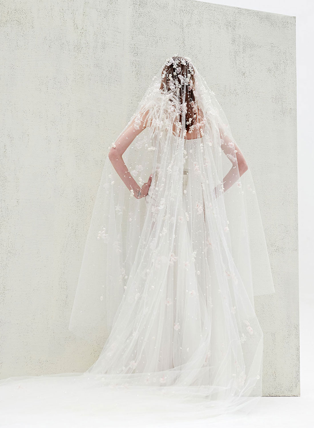 bridal gown back